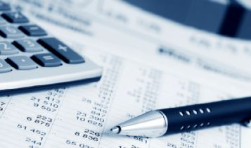 Business & Finance: 5 Tips for Managing Your Finances