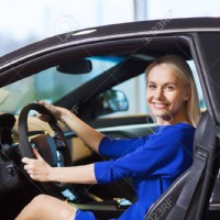 Select the Best Driving School and Start a Promising Driving Career
