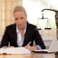 Hire a Criminal Defence Lawyer to Get Easily Rid of the Charges