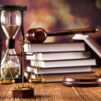Hiring a Criminal Attorney - 5 Things to Keep in Mind